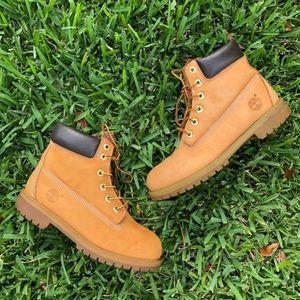 Timberland tan wheat nubuck waterproof boots
